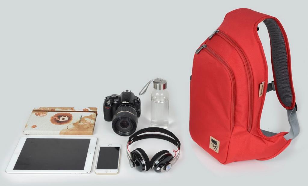 Balo Mikkor D'Leh Sling Backpack màu đỏ